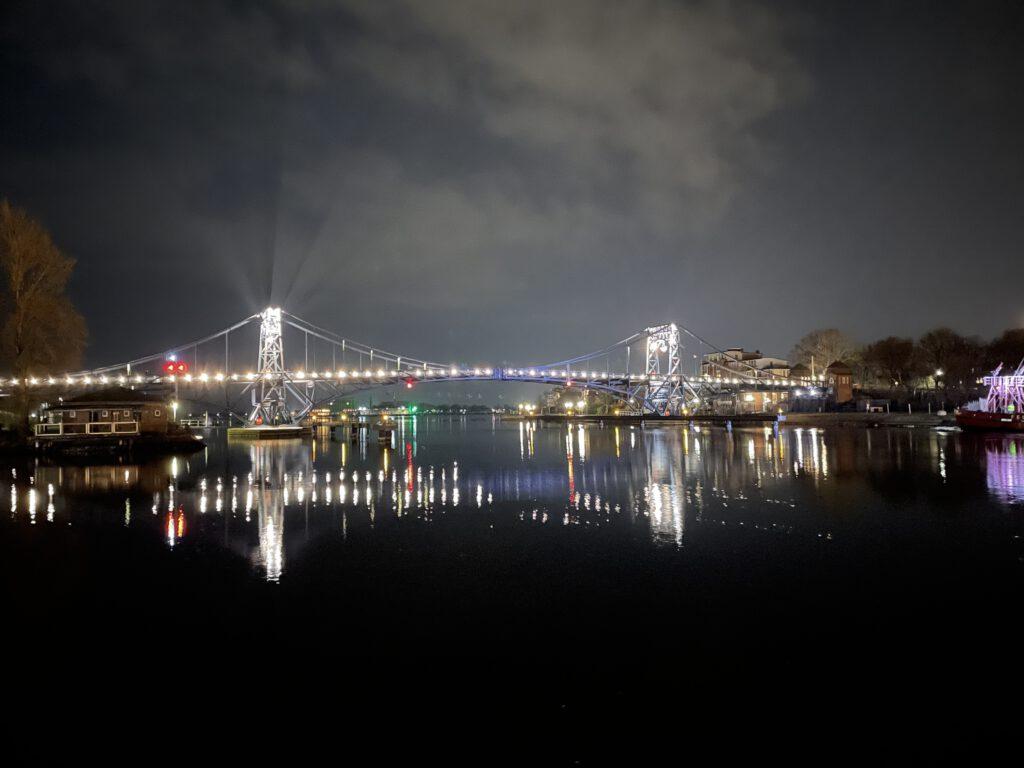 auch nachts hat Wilhelmshaven reizvolle Ecken